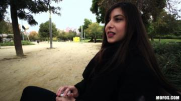 Anya Krey (Anal By The Parking Lot) (2018) HD 720p