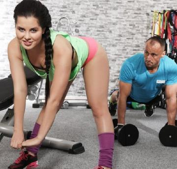 Cassie Fire - Gym orgasms for juicy bum Russian (2018) FullHD 1080p
